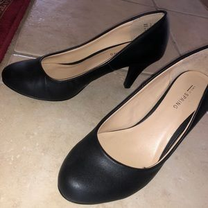 Call it Spring Black mid heels shoes